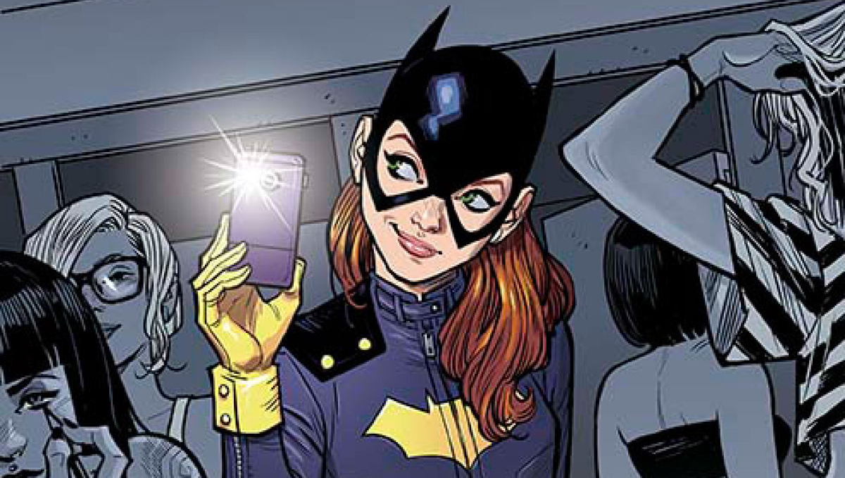 Brand New Batgirl Design Revealed, Internet Has Feelings