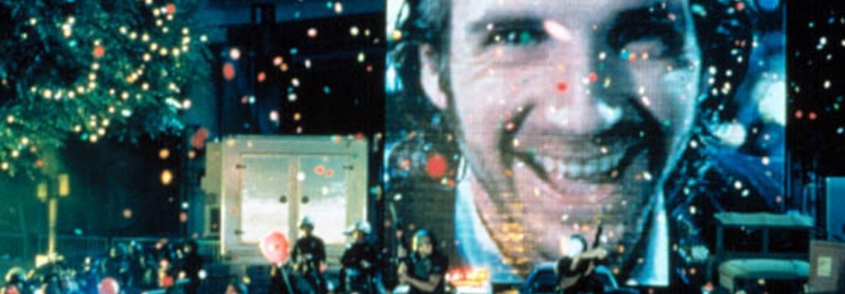 http://static.rogerebert.com/uploads/review/primary_image/reviews/strange-days-1995/hero_EB19951013REVIEWS510130303AR.jpg, STRANGE DAYS, Ralph Fiennes, 1995