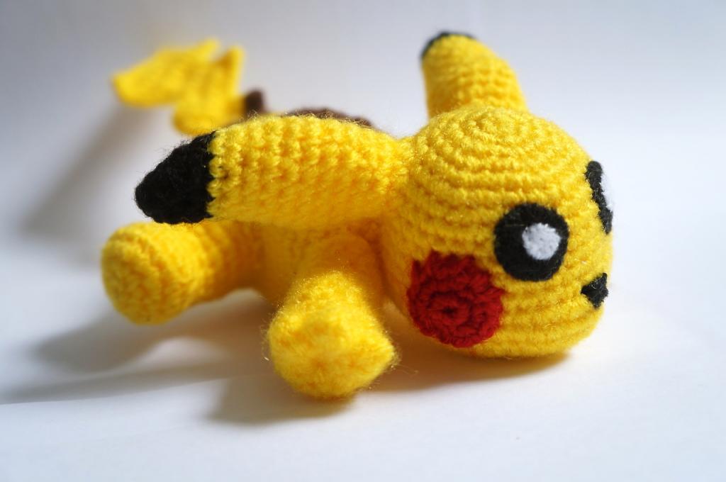 Life Geek Carolina pikachu crochet