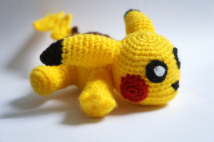 Life Geek Carolina pikachu crochet