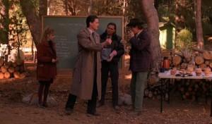 agent cooper, bottles, twin peaks, http://hellogiggles.com/10-greatest-things-happened-twin-peaks