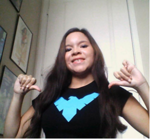 Desiree, Life Geek, Nightwing tee