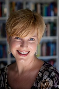 Gwenda Bond. Author. Photo credit: Sarah Jane Sanders.