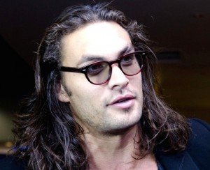 Jason Momoa, play4movie
