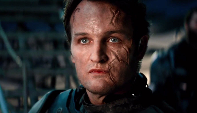 Jason Clarke as John Connor in Terminator : Genisys