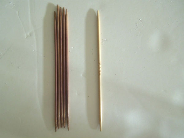 On the left--the needles after having finished the project. On the right--a needle I didn't use.