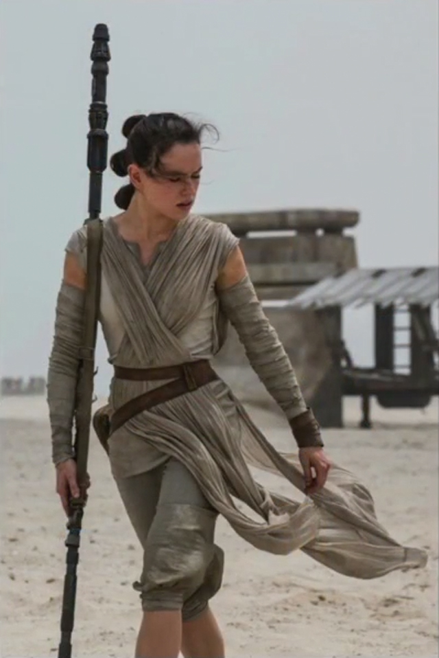 Rey/Daisy Ridley Behind the Scenes Photos from Star Wars: The Force Awakens via Hitfix.com