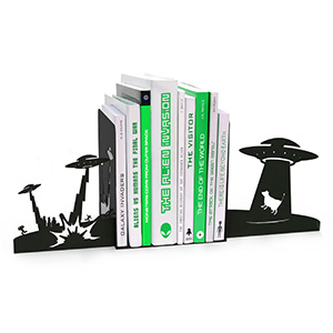 Alien Abduction Bookends via ThinkGeek