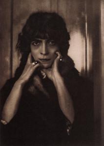 Portrait of Marchesa Luisa Casati by Adolf de Meyer, 1912