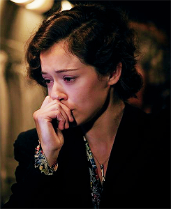 Tatiana Maslany as Maria Altmann in Woman in Gold (2015)