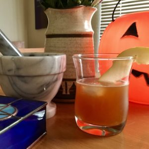 Ginnis Tonik_Apple-Pear Hot Toddy for Drink Your Comics