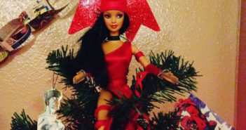 Rosie Knight_comic creation DIY holiday ornaments