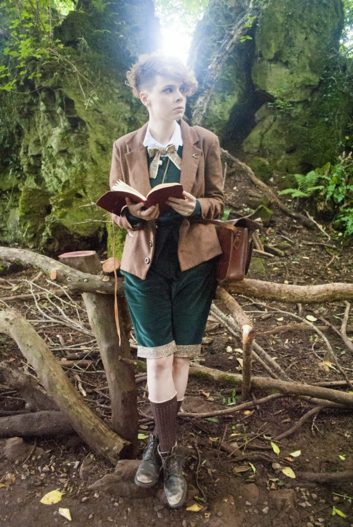 Dress like newt scamander, Hunting for Fairies, holly swinyard, 2017