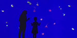 Elisabeth Moss and Jordana Blake - The Handmaid's Tale - Hulu 2017