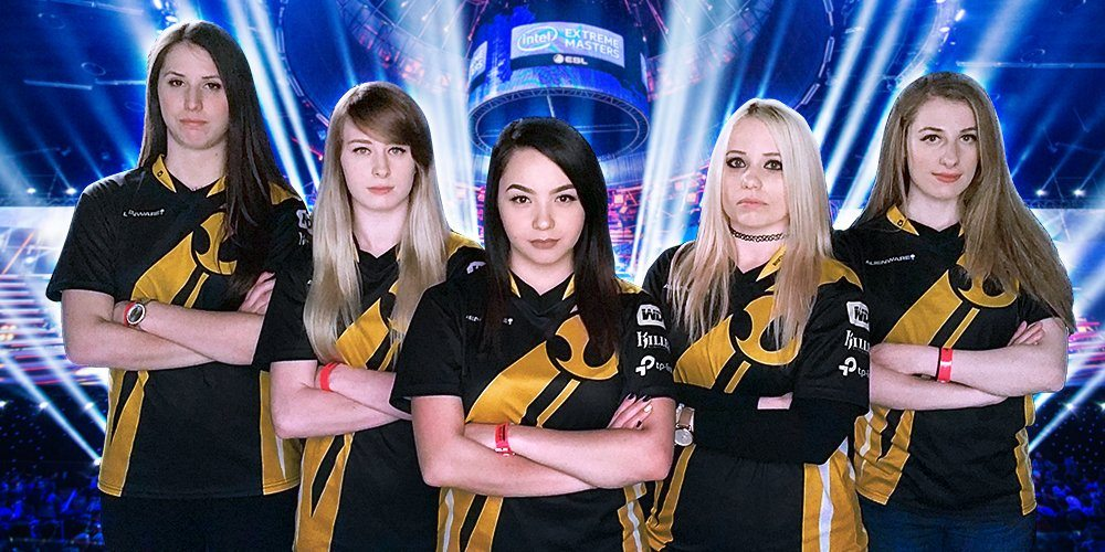 Team Dignitas professional esports players