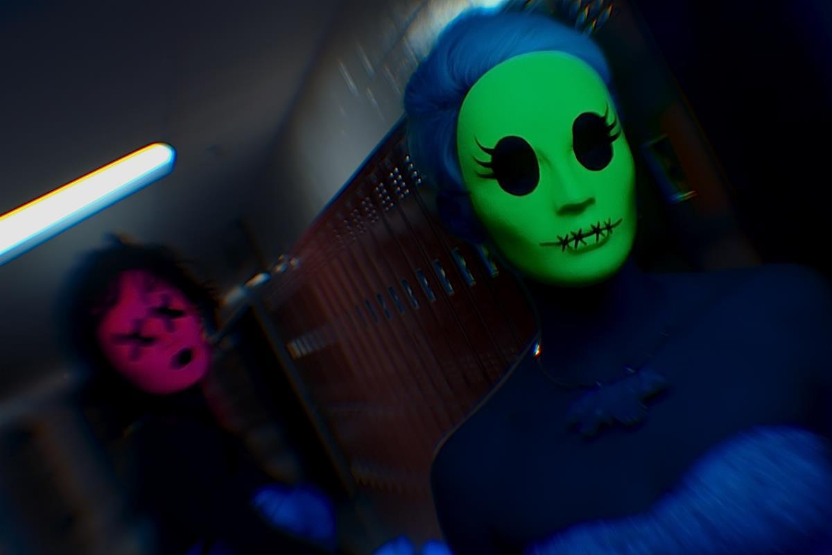 Tragedy Girls is the Sweetly Subversive Slasher Movie We Need