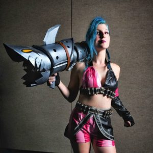 Wrestler and cosplayer Leva Bates as Jinx. Photo credit: Rob Holt, Fisicuffs Photography