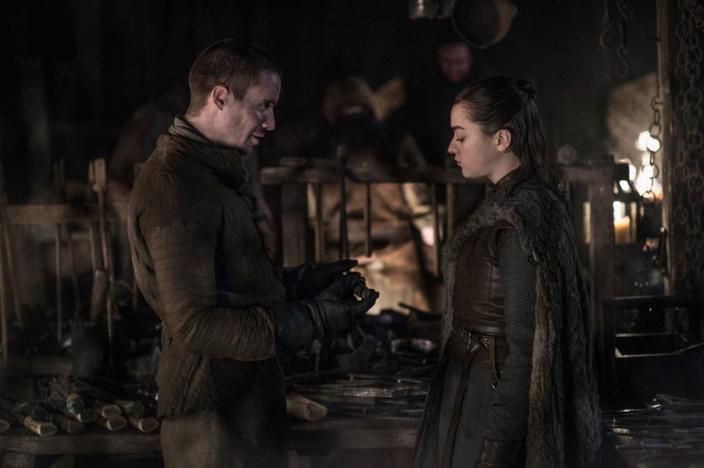 Arya and Gendry discuss plans for her new weapon