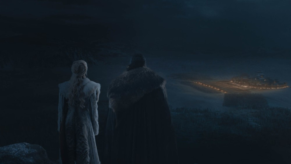 Jon and Dany look out over the battlefield