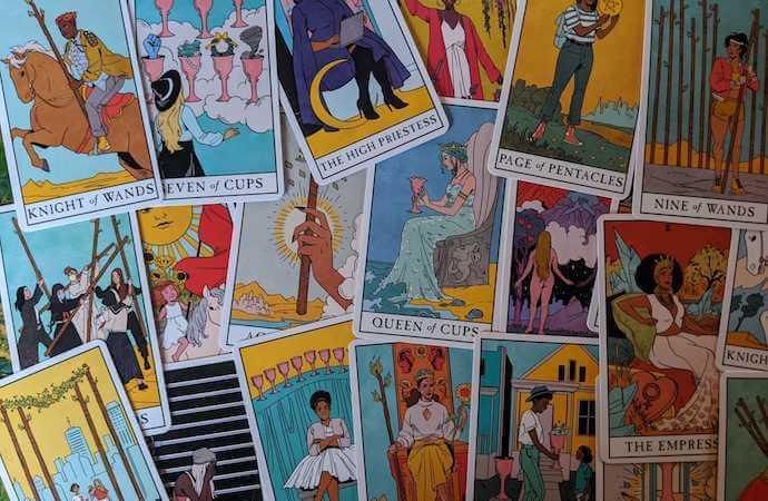 Lisa Sterle S Modern Witch Tarot Is Fashionable And