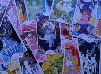 A Gorgeous Take on Fairytales: Trungles' Star Spinner Tarot