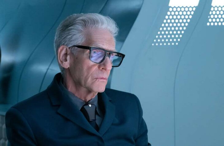 David Cronenberg guest stars as Federation Officer Kovich in Star Trek Discovery's 'Die Trying' (Season 3, Episode 5)