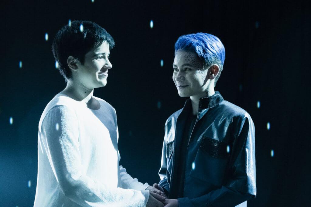 Blu del Barrio as Adira and Ian Alexander in Star Trek Discovery.