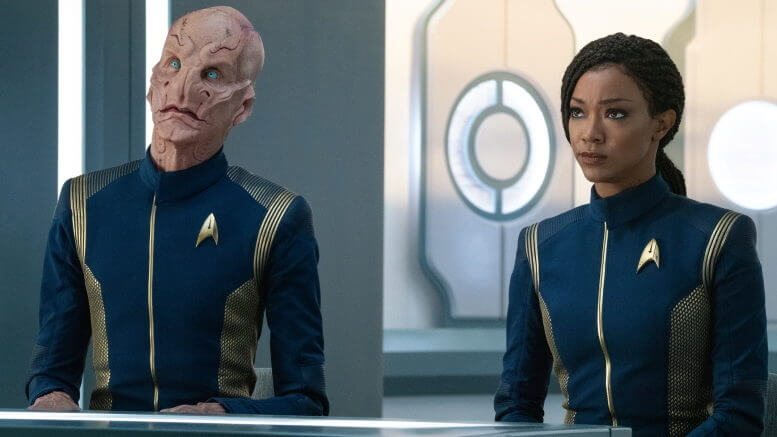 "Saru (Doug Jones) and Burnham (Sonequa Martin-Green) arrive at Federation HQ in Star Trek Discovery's ""Die Trying"" (Season 3, Episode 5)"